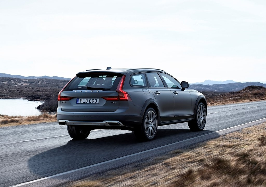 volvo-v90-cross-country-img